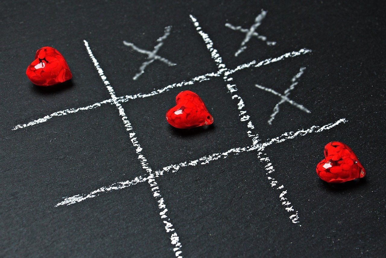 tic tac toe, love, heart